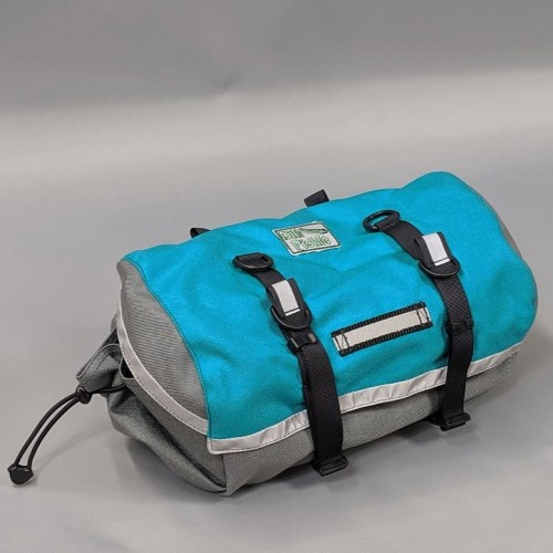 Medium-plus Saddlebag, Turquose and Gray, full-width