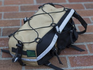 custom_rack_trunk_black_and_tan_2-sm