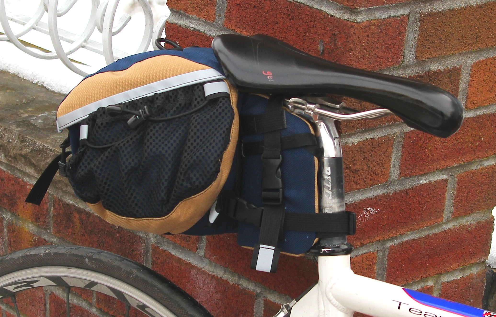 medium saddlebag and tool case