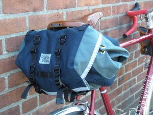Rando Saddlebag in Gray on Blue