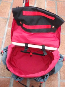 Rando Saddlebag in Red, Gray, and Black